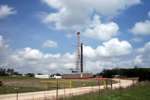 oil-drilling-rig-2-161274-m